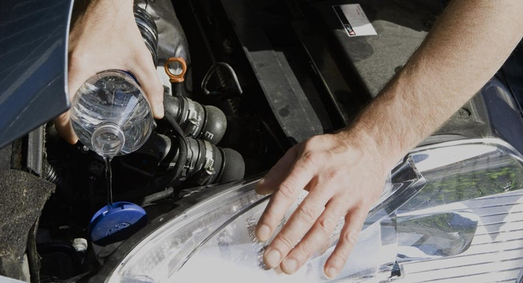 can-put-water-engine-coolant