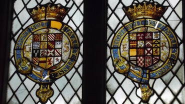 Where Can You Search for the Coat of Arms for a Particular Last Name?