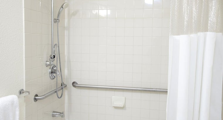 can-shower-grab-bar-safely-installed