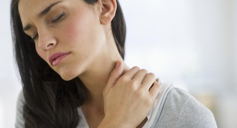 can-sinus-problems-cause-neck-head-pain