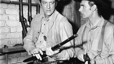 Which Cast Members of Gunsmoke Have Died?