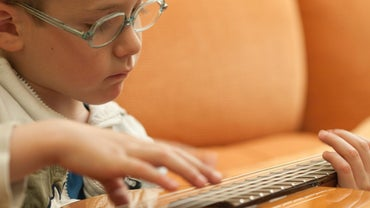 What Are Castilla Guitars?