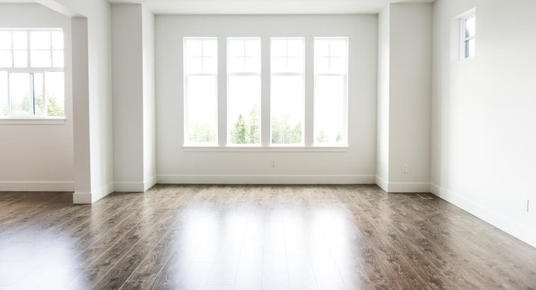 caulking-inside-windows