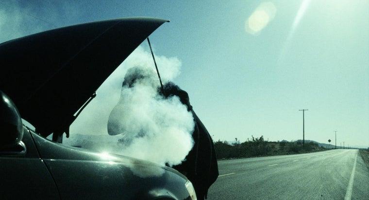 causes-car-smoke-under-hood