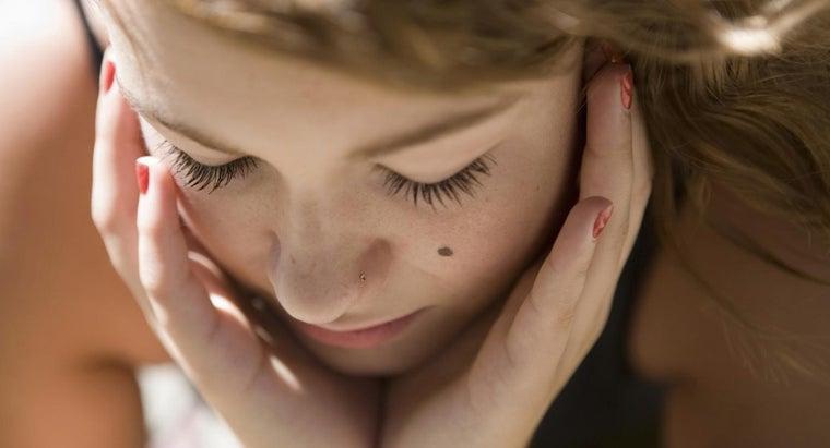 causes-facial-moles