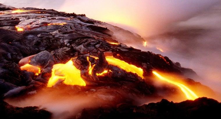 causes-magma-rise