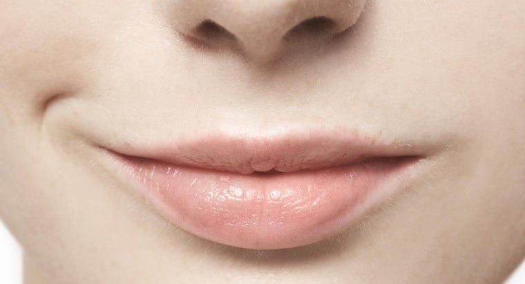 causes-mouth-sores