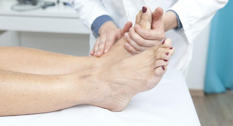 causes-pain-soles-feet