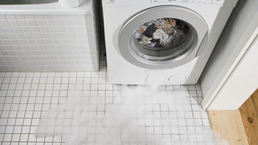 What Causes a Washer to Leak From the Bottom?