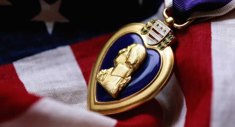 ceremony-veterans-receive-purple-heart