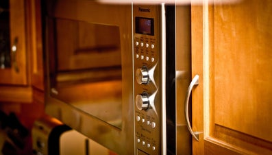 How Do You Change the Light Bulb in a Panasonic Microwave Oven?