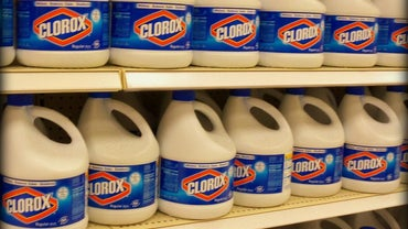 Is Chlorine Bleach an Acid or Base?
