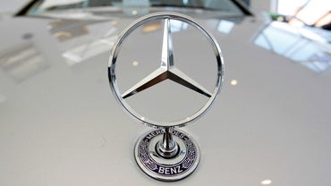 Does Chrysler Own Mercedes-Benz?
