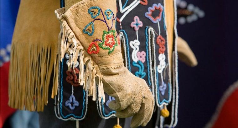 clean-suede-gloves
