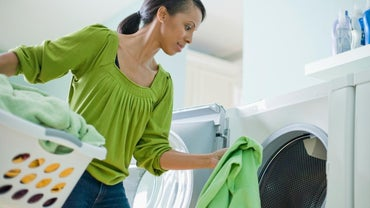 How Do You Clean a Washing Machine That Is Leaving Residue on Clothes?