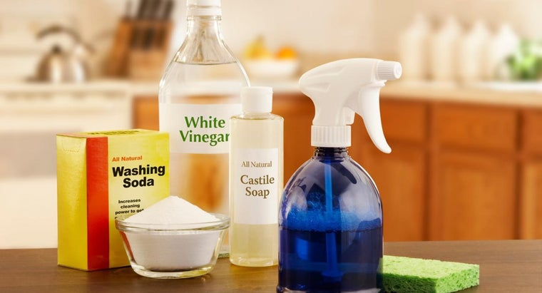 cleaning-uses-white-vinegar