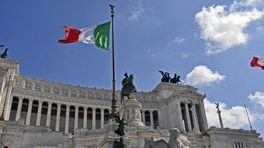 What Do the Colors of the Italian Flag Represent?