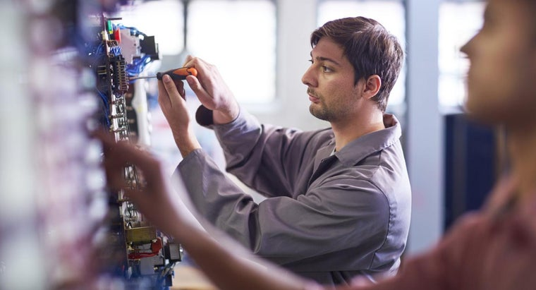 common-career-opportunities-electricians