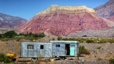 What Companies Offer One-Way Budget Trailer Rentals?