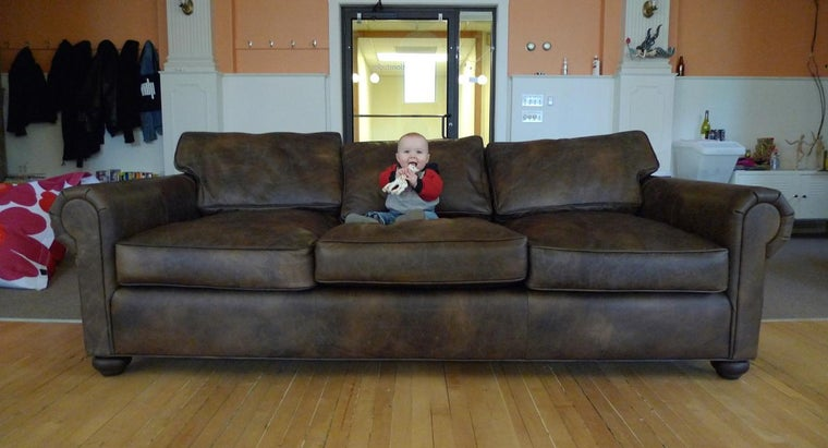 companies-pick-up-donated-sofas