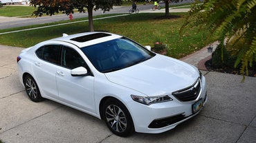 What Company Manufactures Acura Cars?