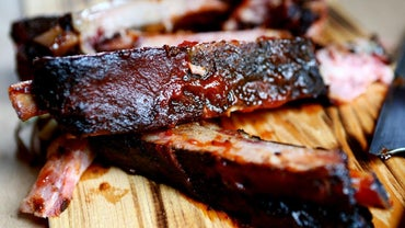 How Do You Cook Country Style Ribs in a Slow Cooker?