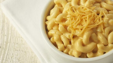 What Is a Copycat Recipe for Sweetie Pie's Mac and Cheese?