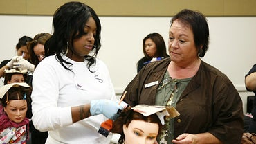 What Does a Cosmetologist Do?