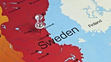 What Countries Border Sweden?
