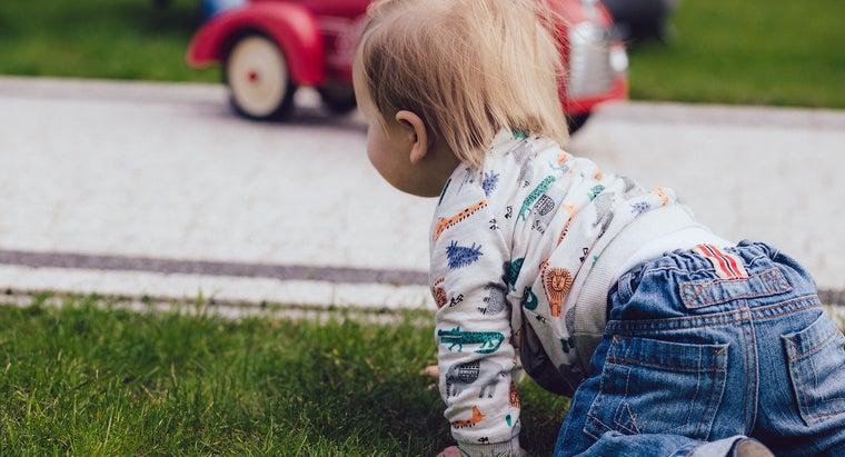 babies-crawl-first-time
