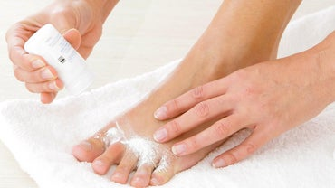How Do You Cure Foot Fungus?