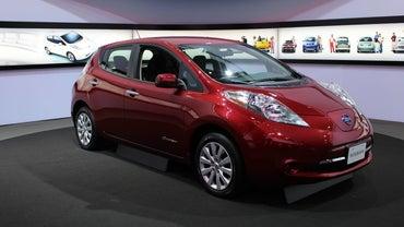How Do You Custom Order a New Nissan Car?