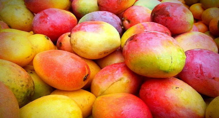 cut-mango-fruit