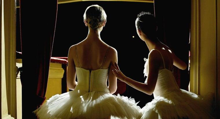 dancers-say-merde-before-performance