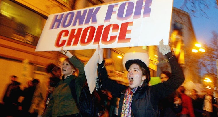 decision-roe-v-wade-important-feminists