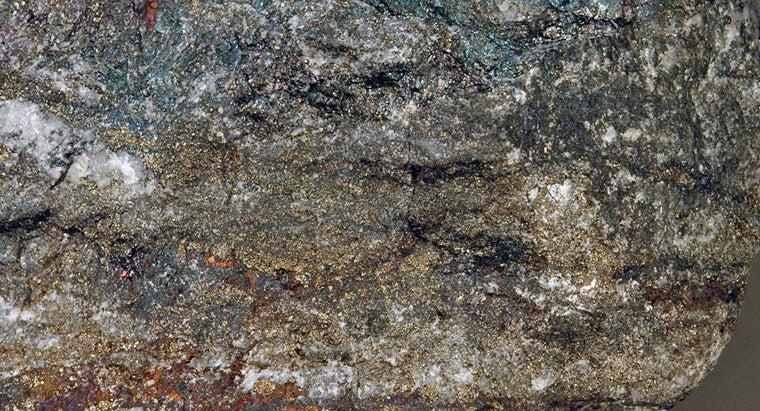 definition-metallic-minerals
