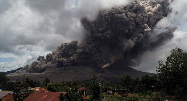 destructive-volcano-world