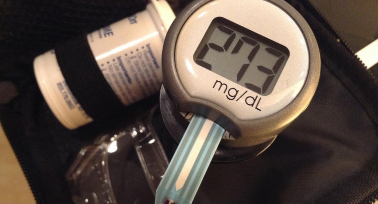 diabetes-patients-measure-blood-sugar