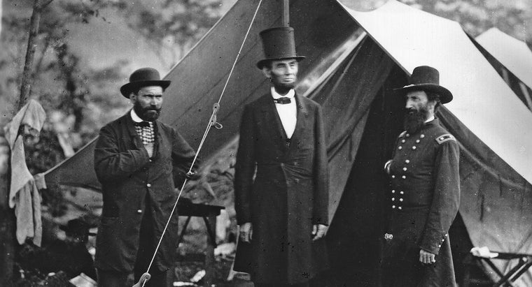 did-abraham-lincoln-wear-tall-hat