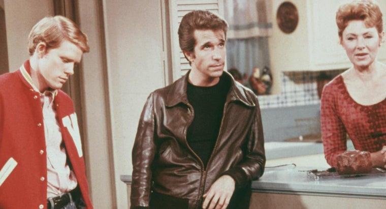 did-fonzie-always-wear-leather-jacket-happy-days