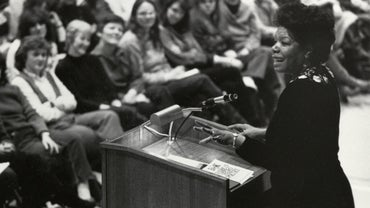 "Why Did Maya Angelou Write ""Phenomenal Woman""?"