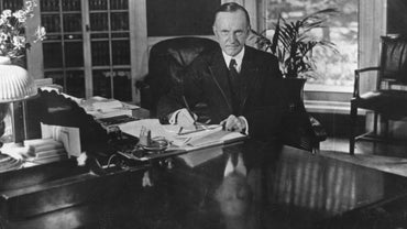 How Did President Coolidge Restore Public Confidence?