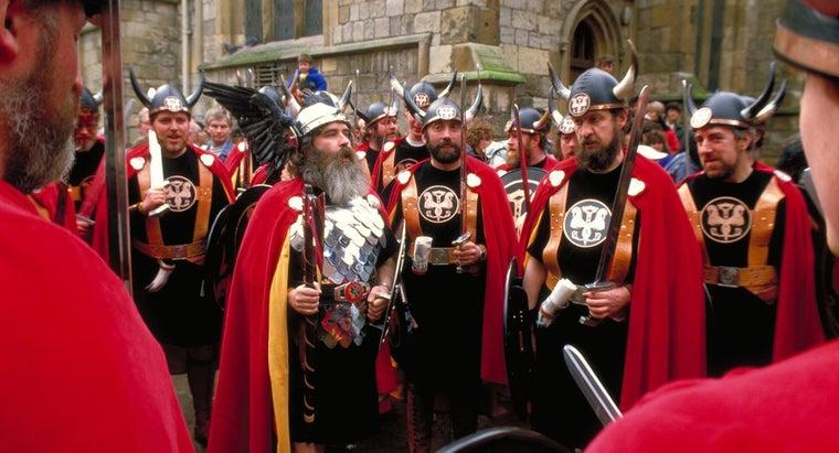 did-vikings-wear-horned-helmets