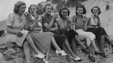 What Did Women Wear During the 1930s?