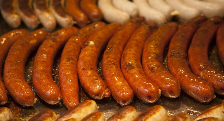 difference-between-bratwurst-knockwurst