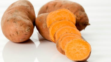 What Is the Difference Between a Sweet Potato and White Potato?