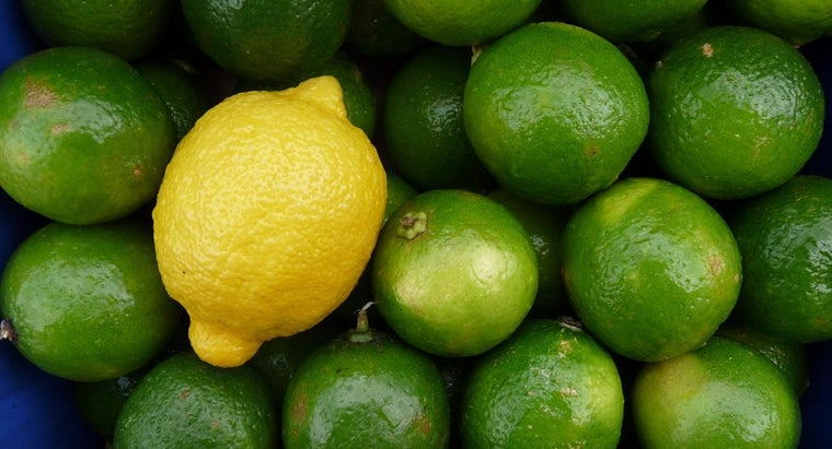 differences-between-lemons-limes