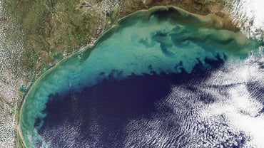 What Are the Differences Between an Ocean, a Sea, a Bay and a Gulf?