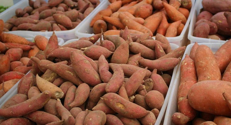 differences-between-yams-sweet-potatoes