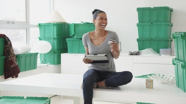 What Are Some Different Types of Mobile Storage Containers?